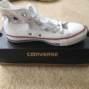 BRAND NEW WHITE CONVERSE HIGH TOP